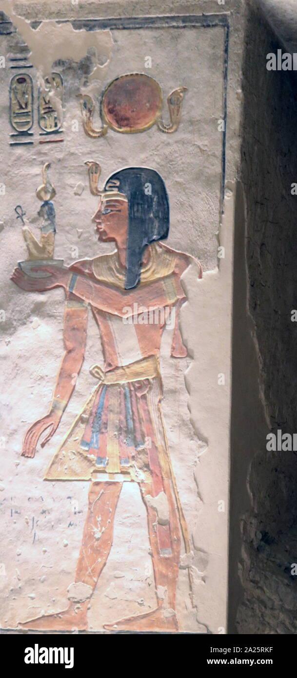 Tumba KV9 en Egipto el Valle de los Reyes fue originalmente construido por el faraón Ramsés V. fue enterrado aquí, pero su tío, Ramsés vi, posteriormente reutiliza la tumba como propia. El diseño es típico de la dinastía xx - El periodo Ramesside 1145 A.C. Foto de stock