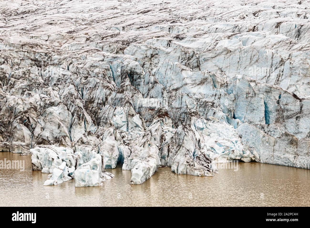 Lengua Glaciar Svínafellsjokull cerca, Islandia Foto de stock