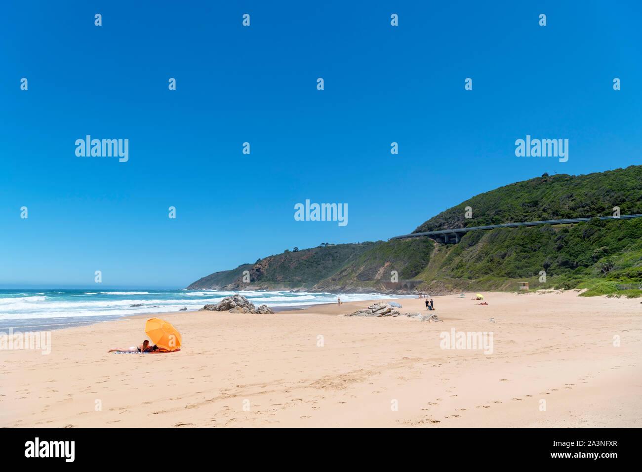 La playa en el desierto, la Garden Route, Western Cape, Sudáfrica Foto de stock