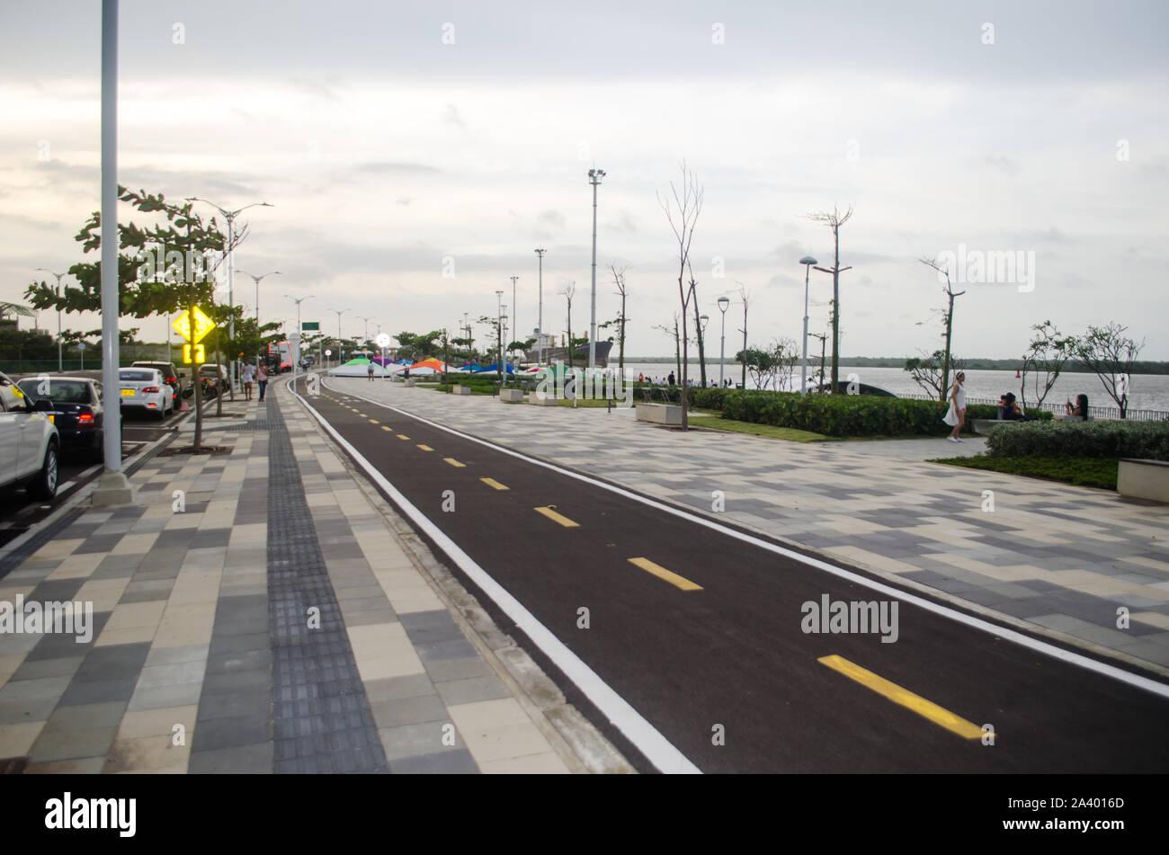 Malecón del río Magdalena en Barranquilla Foto de stock