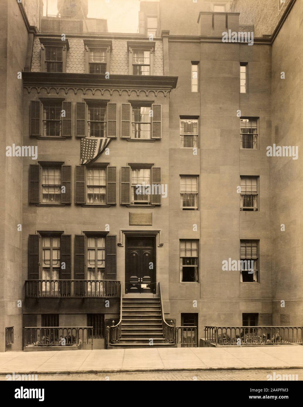 Lugar de nacimiento de Theodore Roosevelt, New York City, New York, Estados Unidos, Gillis & Geoghecan, 1923 Foto de stock