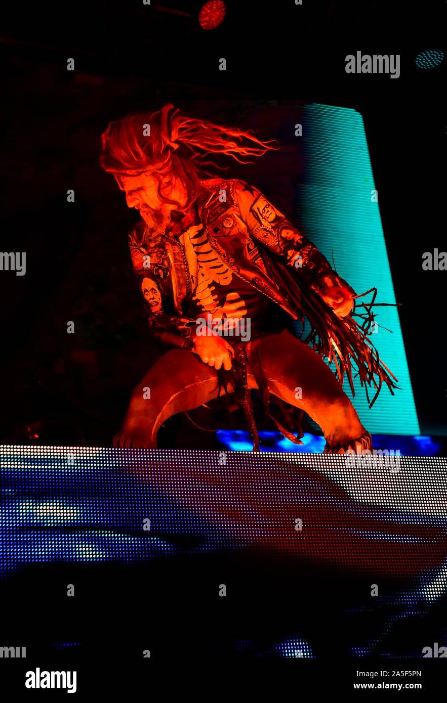 Las Vegas, Nevada, EE.UU. El 19 de octubre de 2019. Rob Zombie en conciertos en la tercera reunión anual de la Liga Rageous música heavy metal festival celebrado en el Centro de Eventos del centro de Las Vegas. Crédito de la foto: Ken Howard Imágenes Crédito: Ken Howard/Alamy Live News Foto de stock
