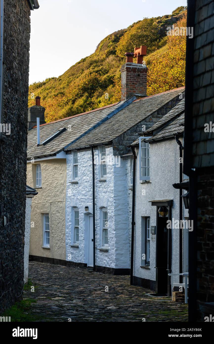 Calle adoquinada en Plymouth Boscastle Cornwall Inglaterra Foto de stock