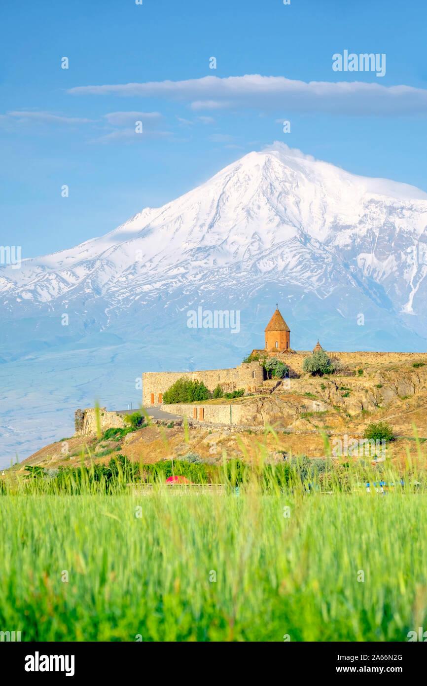 Khor Virap monasterio y el Monte Ararat, cerca Lusarat, provincia de Ararat, en Armenia. Foto de stock