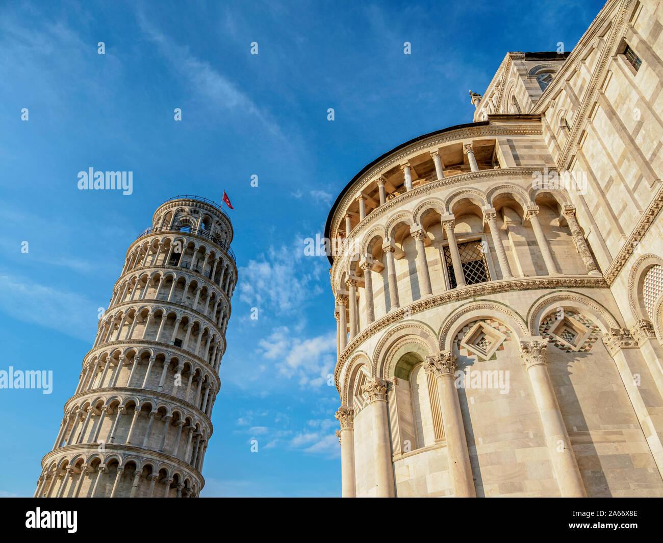 La catedral y la Torre de Pisa, Piazza dei Miracoli, en Pisa, Toscana, Italia Foto de stock