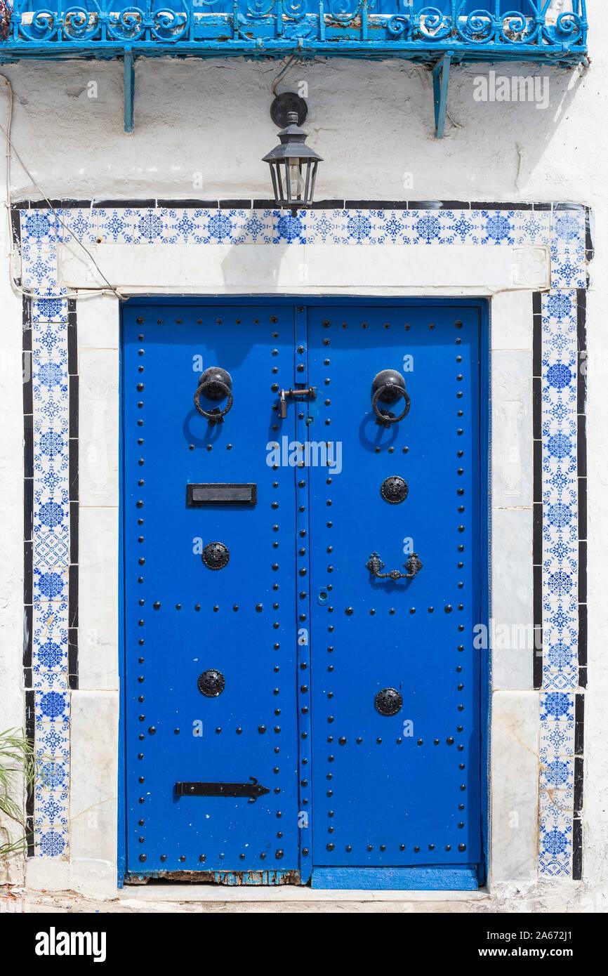 Túnez, pintoresco pueblo blanco de Sidi Bou Said Foto de stock