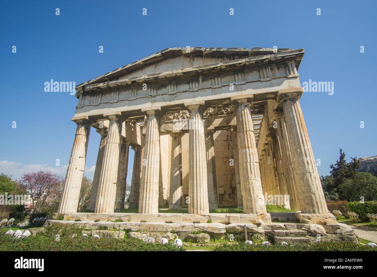 Un hermoso templo de mármol capturados durante la increíble día alrededor de la antigua Ágora de Atenas , este hermoso parque arqueológico le sorprenderá! Foto de stock