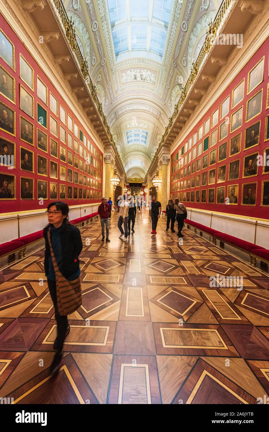La galería de retratos de los Héroes de la guerra de 1812 en el Museo Estatal del Hermitage, en San Petersburgo, Rusia Foto de stock