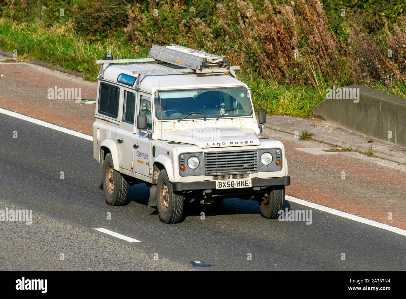 Land Rover Defender SWB 1990 en adelante coche cubierta de tamaño medio