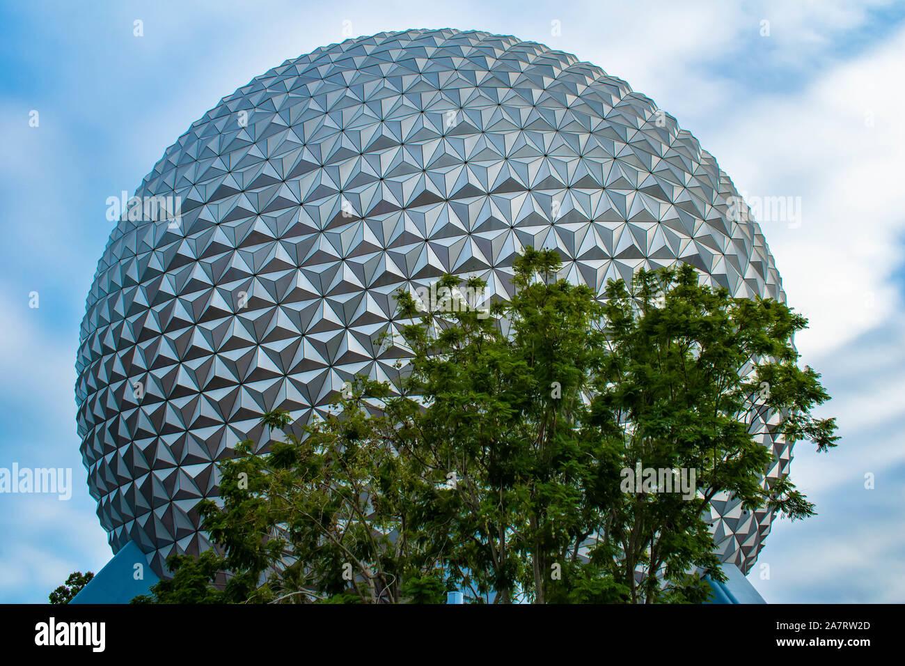 Orlando, Florida. Noviembre 01, 2019. Vista superior de la esfera a Epcot (2) Foto de stock