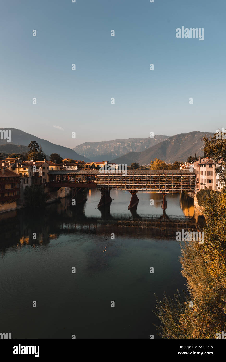 Alpini puente en Bassano, Italia Foto de stock
