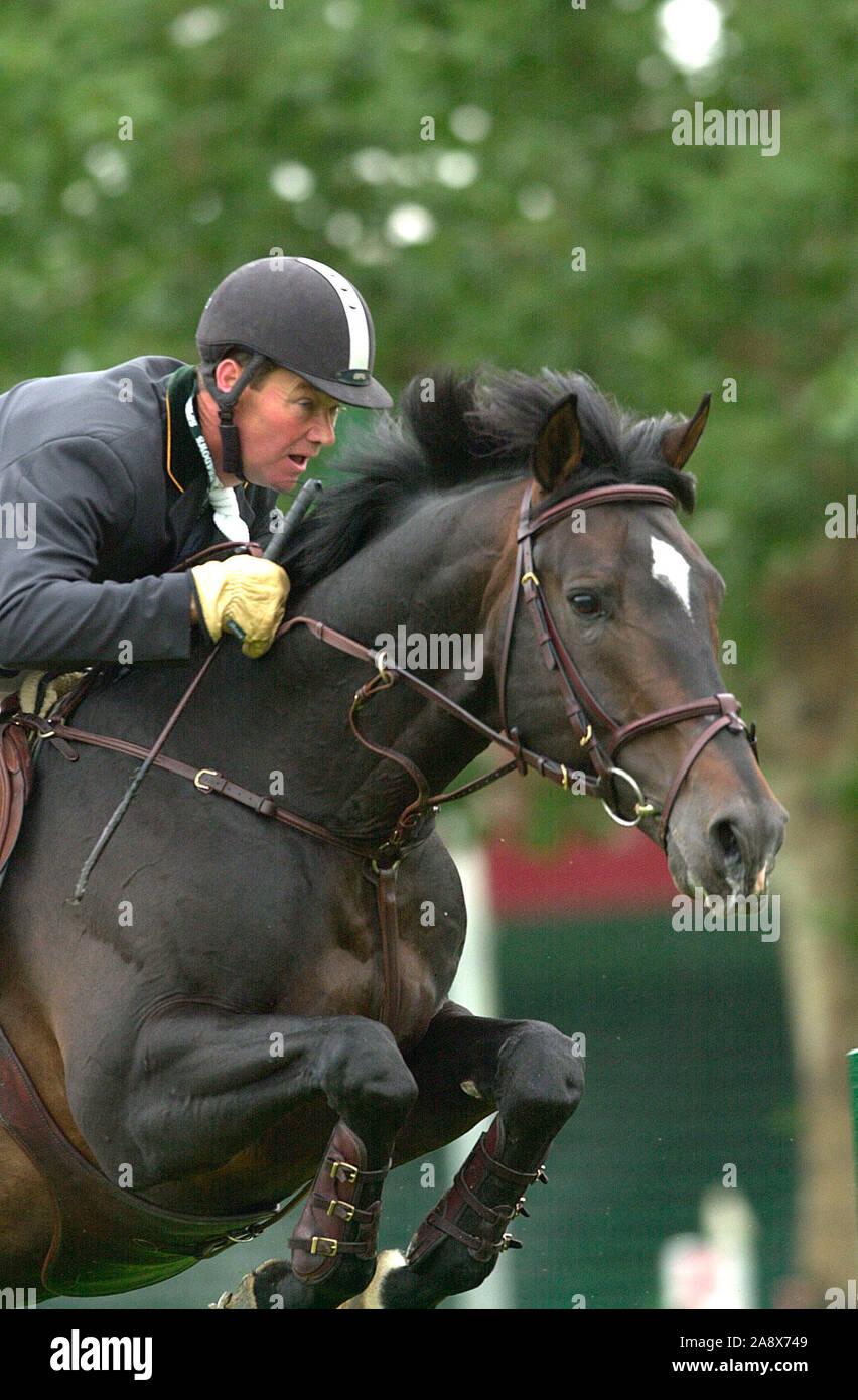 CSIO Masters, Spruce Meadows, en septiembre de 2002, Prudential tazas de acero, Stanny Van Paesschen (BEL) caballo Bioagria Joyau Foto de stock