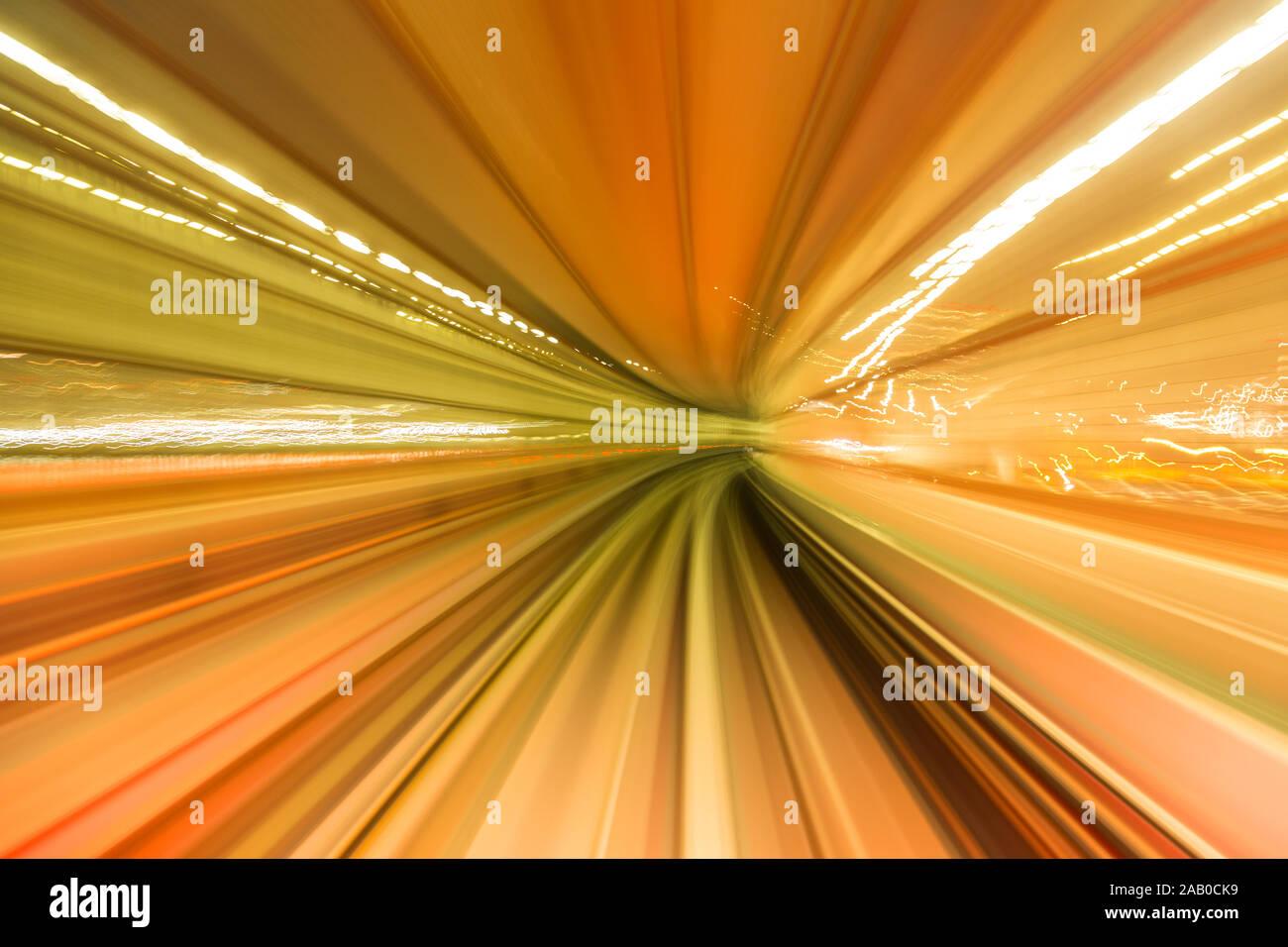 Amarillo de alta velocidad abstracta movimiento curvo hacia el futuro , justo a la vuelta de la esquina, concepto. Foto de stock