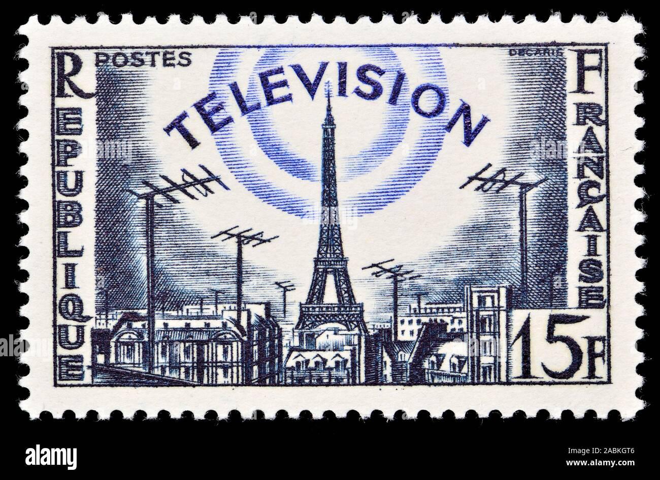 Sello francés (1955) : Televisión / Torre Eiffel Foto de stock