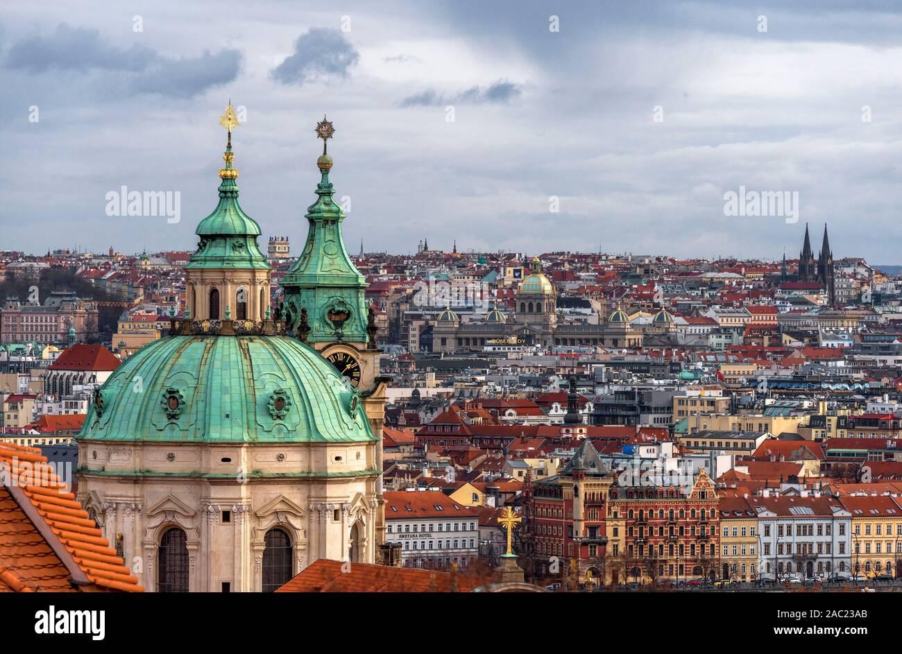 Vista aérea del centro de la ciudad. Praga Foto de stock