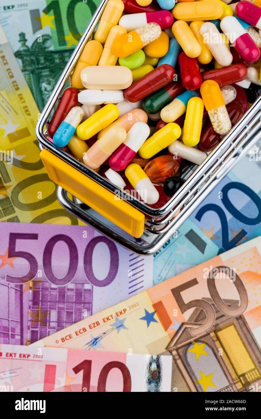 Tabletas, Compras, los billetes en euros Foto de stock