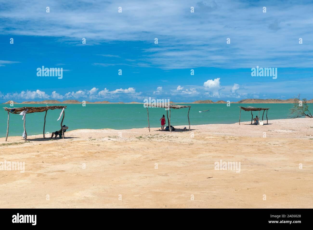 Paisaje costero en la península de La Guajira, norte de Colombia. Foto de stock