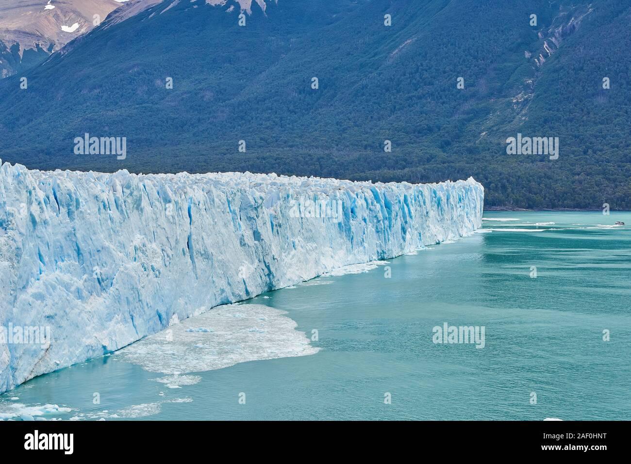Glaciar Perito Moreno en la patagonia argentina Foto de stock