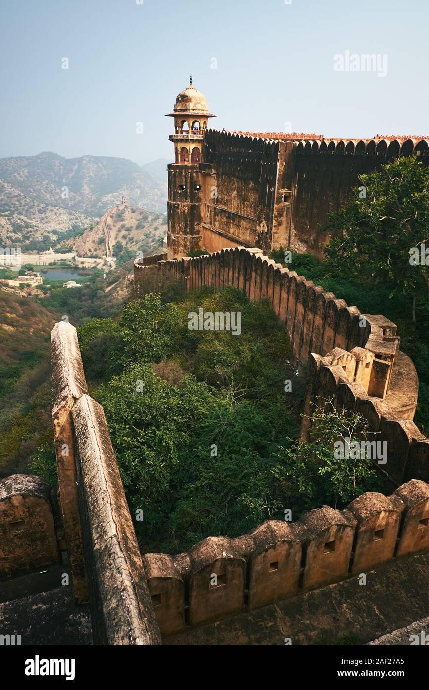 Jaigarh Fort - real antigua fortaleza militar vecina Amer y Jaipur en la India Foto de stock