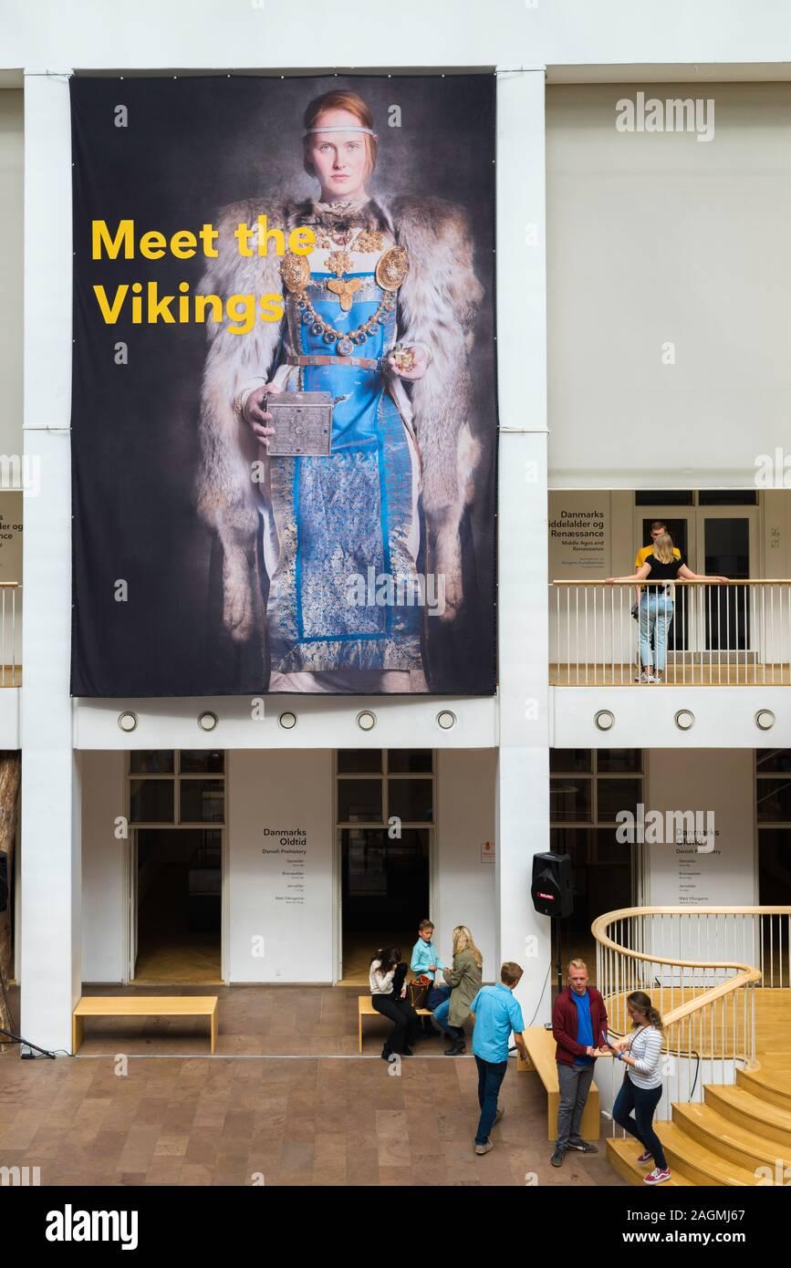 Museo Nacional de Copenhague, vista de una sección del atrio y la sala principal de la Nationalmuseet (Museo Nacional) de Dinamarca, el centro de Copenhague. Foto de stock