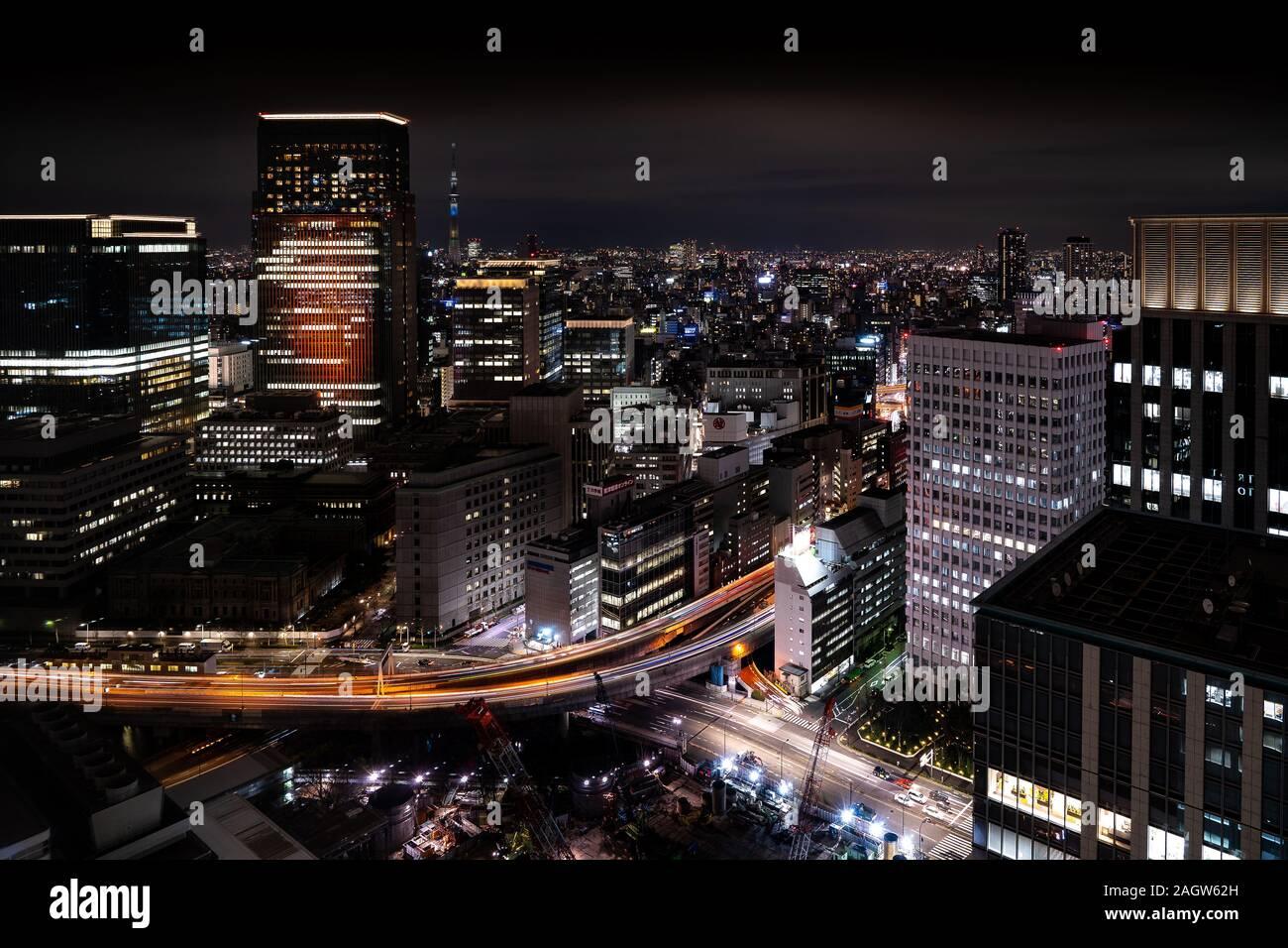 Tokio skyline nocturno Foto de stock