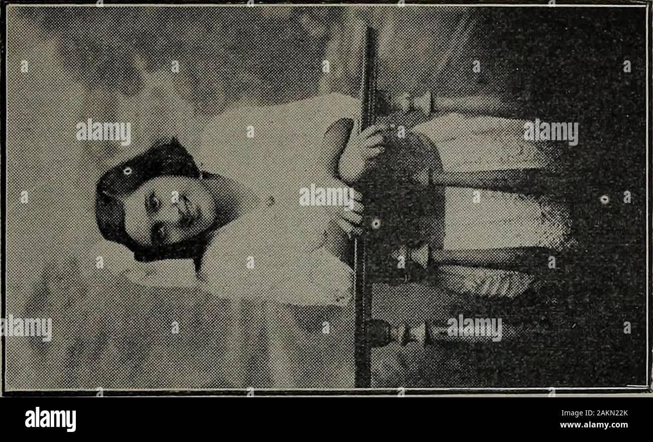 El Salvador al vuelo; notas, impresiones y perfilesRepublica de El Salvador, América Central, 1917 . Doña Elena v. de Trigueros. Foto de stock