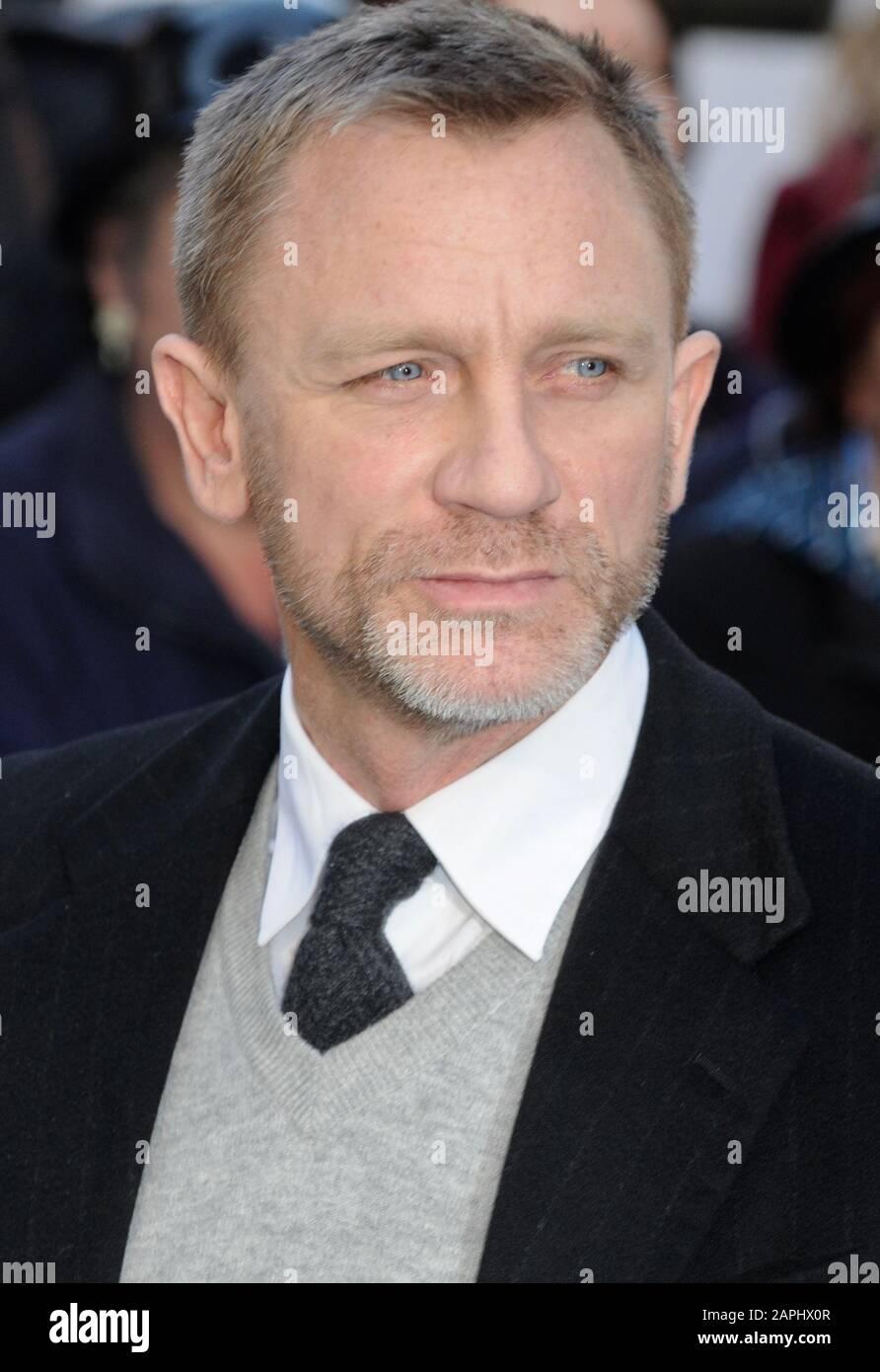 Daniel Craig, estreno británico de las aventuras de Tintín: El secreto Del Unicornio, Odeon West End, Londres. REINO UNIDO Foto de stock