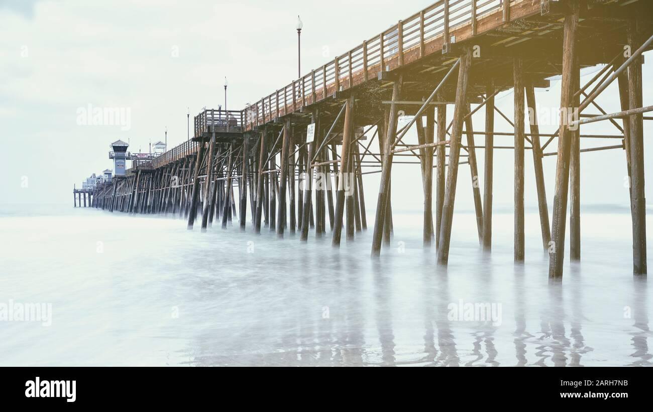 Oceanside California Estados Unidos. Histórico Oceanside Pier, Oceanside, San Diego County, California, Vintage Look Foto de stock