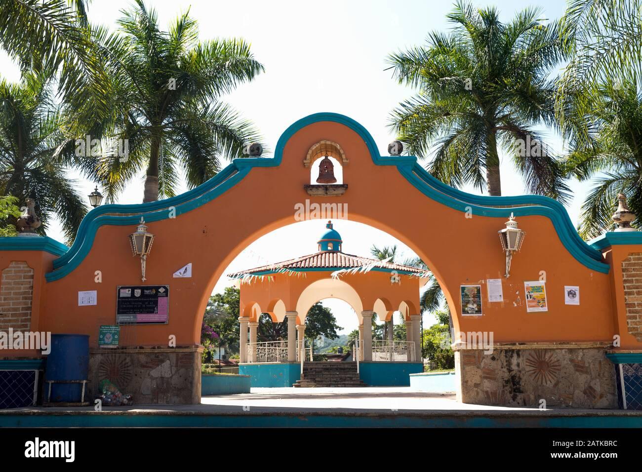 México, los de Marcos, Nayarit, el bandstand en la plaza Foto de stock