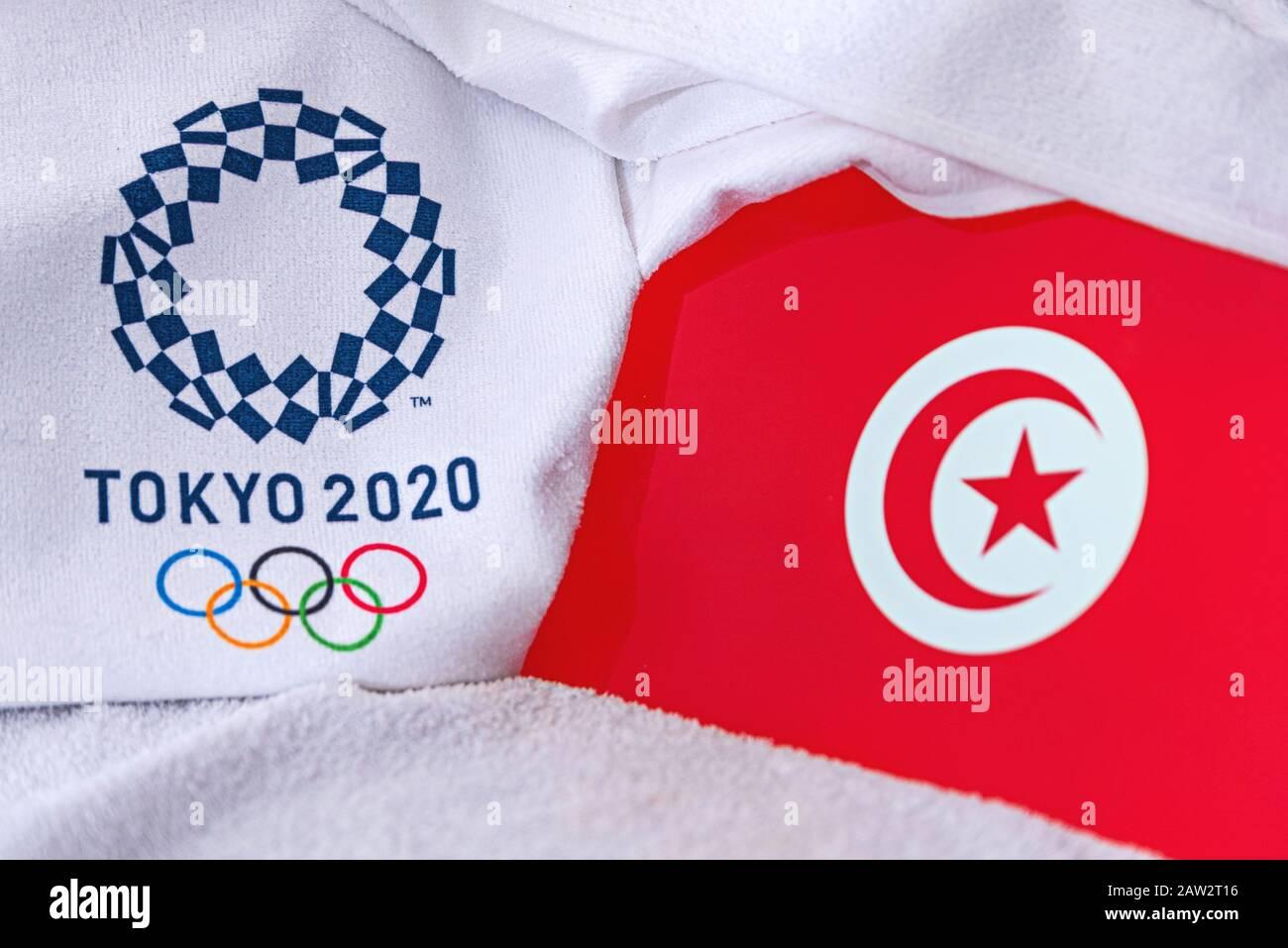 Túnez Mano Tabla O saludando pabellón del país de Túnez