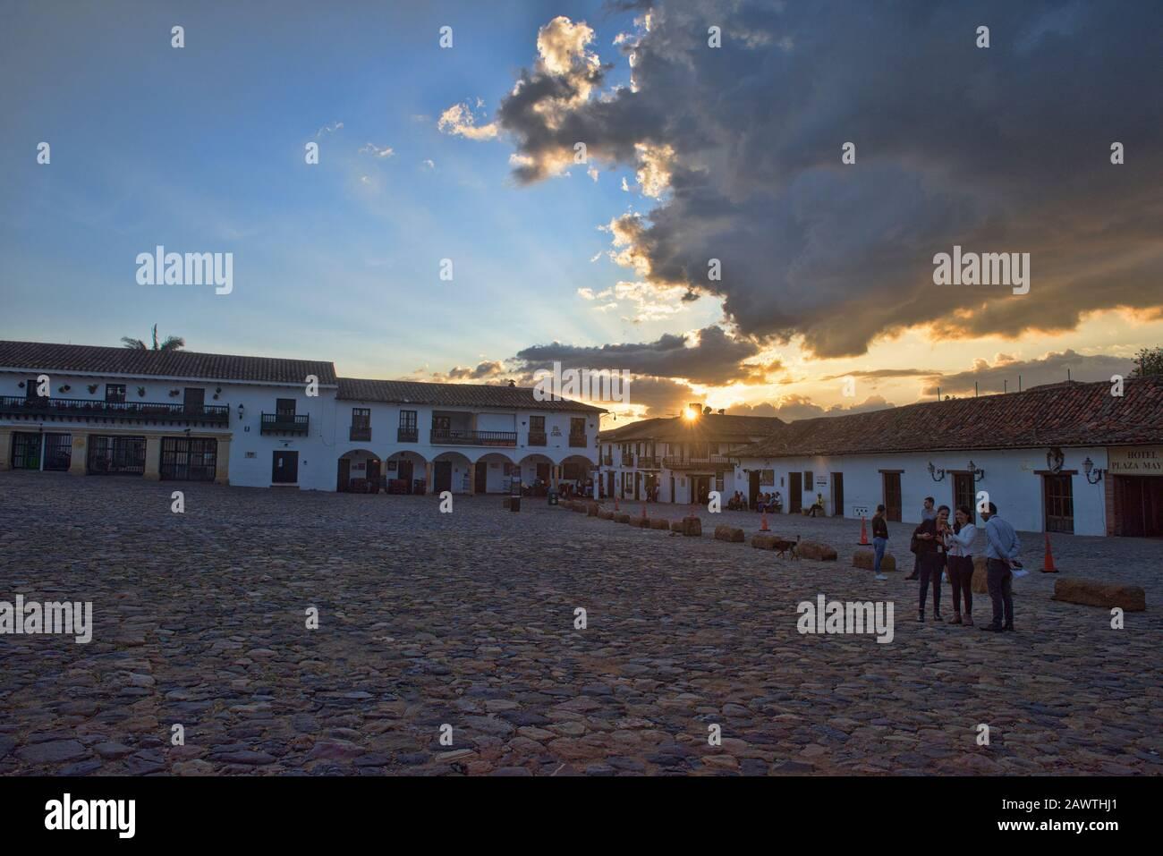 Puesta de sol en Villa de Leyva, Boyacá, Colombia Foto de stock
