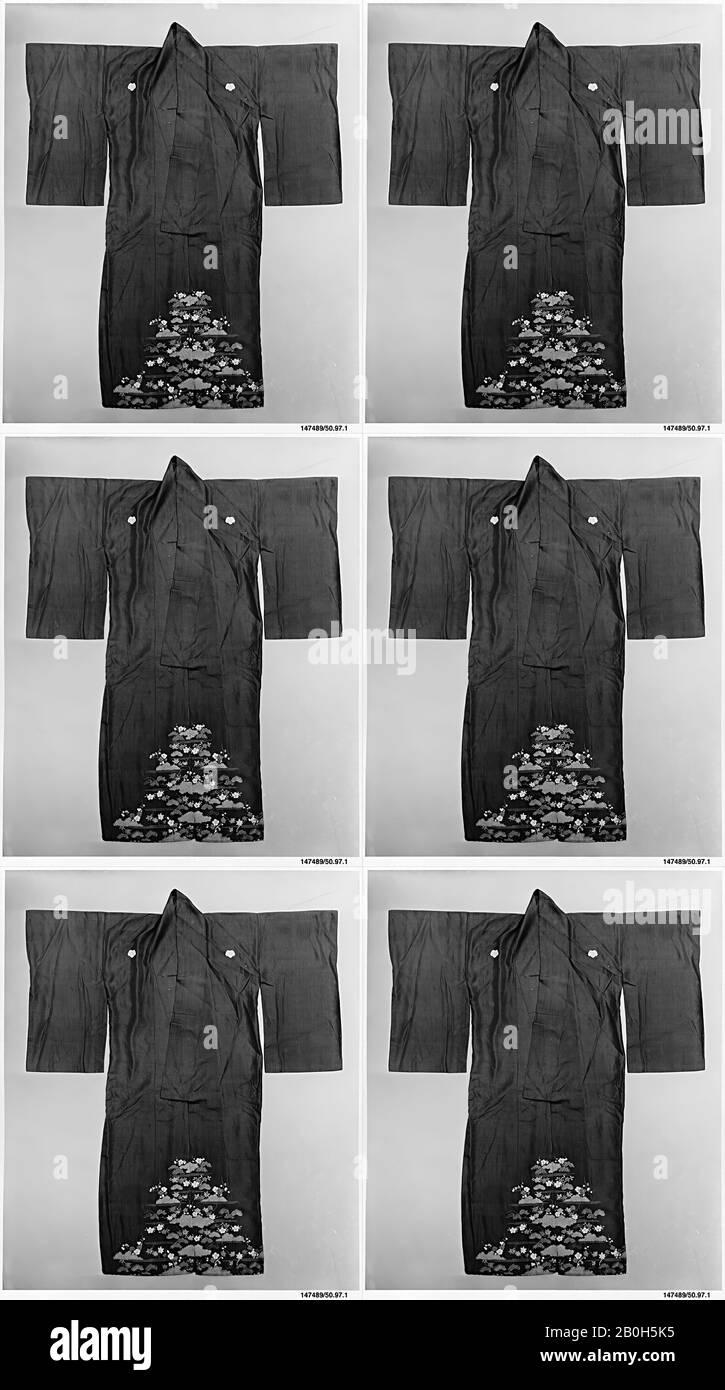 Mujer Kimono, Japón, siglo 19, Japón, Seda, Total: 63 1/4 x 48 1/2 pulg. (160.7 x 123.2 cm), Textiles-Trajes Foto de stock