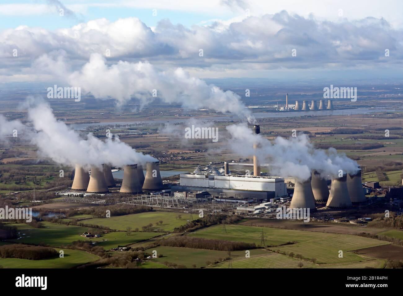 Vista aérea de la central eléctrica de Drax en Yorkshire del Norte Foto de stock