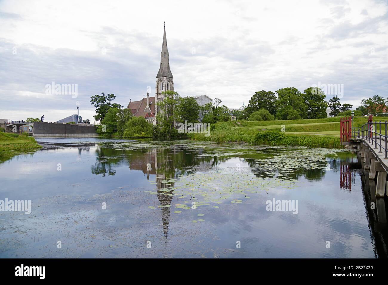 Iglesia de San Albans, una iglesia anglicana en Copenhague, Dinamarca Foto de stock