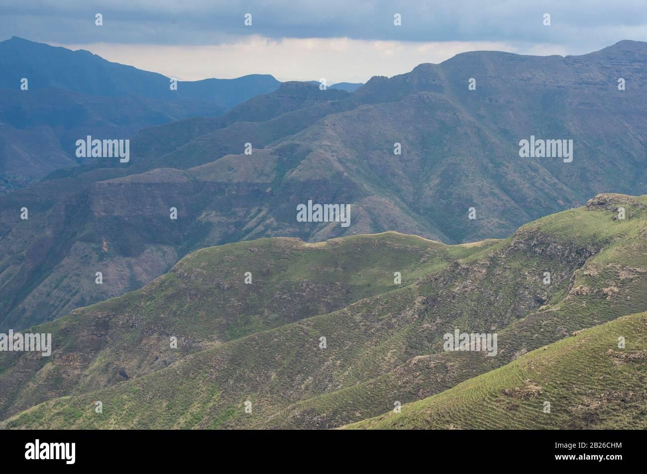 Paisaje montañoso, Parque Nacional Ts'ehlanyane, Lesotho Foto de stock
