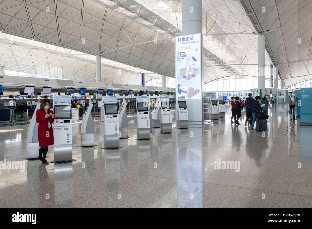 Hong Kong,China:06 Mar,2020. El Aeropuerto Internacional de Hong Kong vacío como Cover-19 se cobra su peaje en la industria de viajes Jayne Russell/Alamy Stock Image Foto de stock