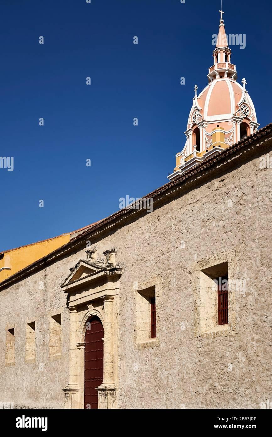 Vista de la Catedral de Santa Catalina de Alejandría, Cartagena, Colombia Foto de stock