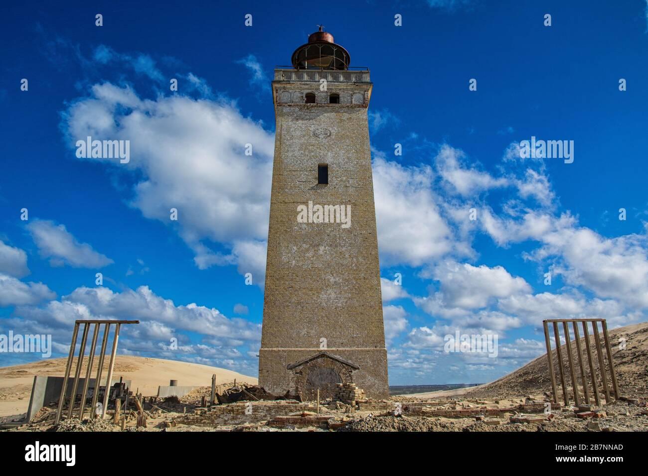 El faro de Rubjerg Knude en Dinamarca Foto de stock
