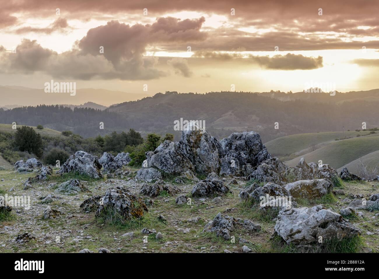 Vistas al atardecer de las montañas de Santa Cruz desde Black Mountain Foto de stock