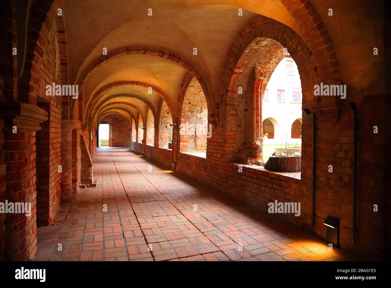 Monasterio Jerichow, Kreuzgang, Altmark, Sajonia-Anhalt, Alemania, Europa Foto de stock