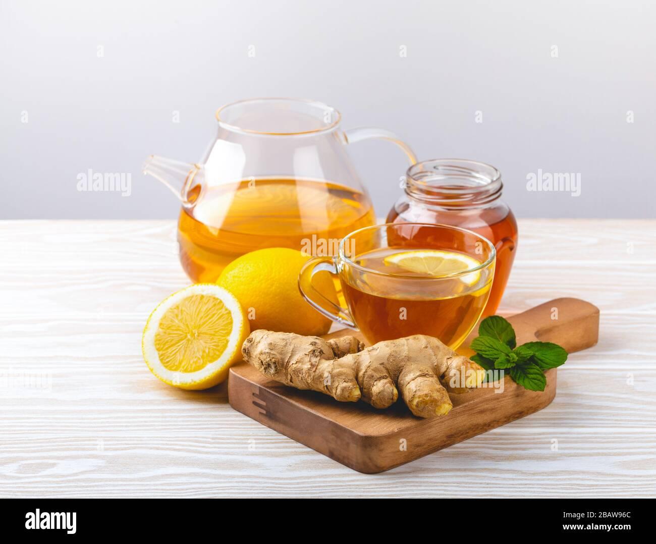 Té de jengibre y limón Foto de stock