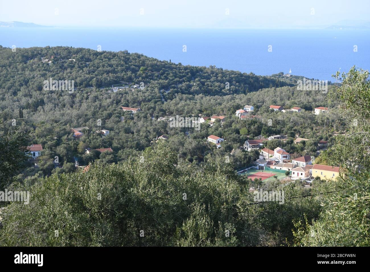 La vista desde la ventana del dormitorio en el Molino, Paxos, Grecia. Una propiedad de Simpson Travel Foto de stock