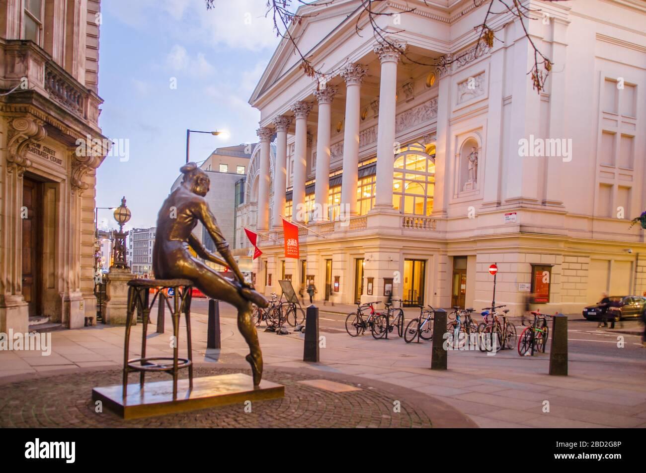 The Royal Opera House, Covent Garden, Londres, Reino Unido Foto de stock