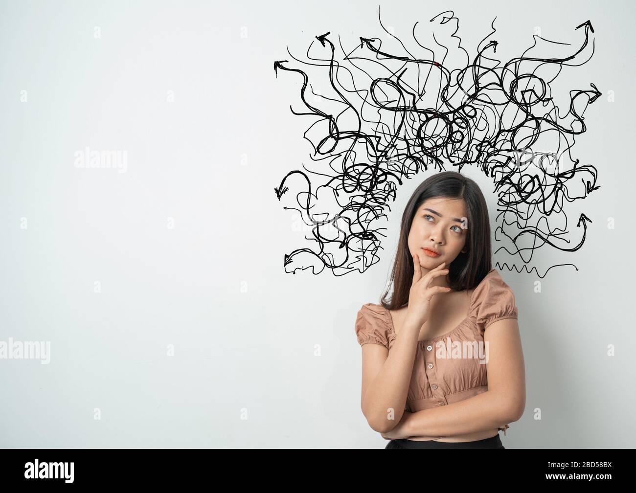 retrato de la mujer asiática estrés y pensamiento Foto de stock