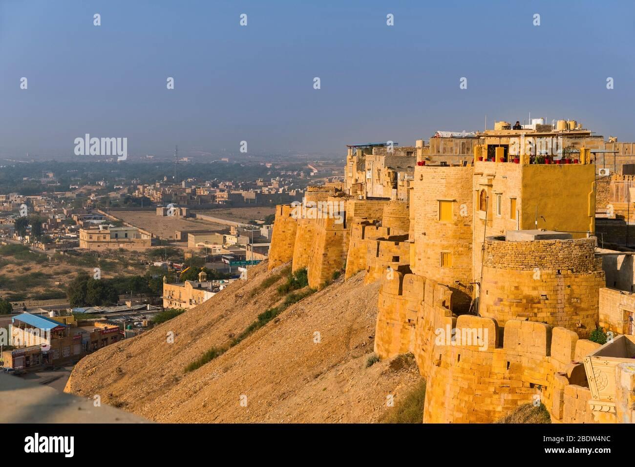 Vista de la ciudad desde Jaisalmer fuerte Rajasthan India Foto de stock