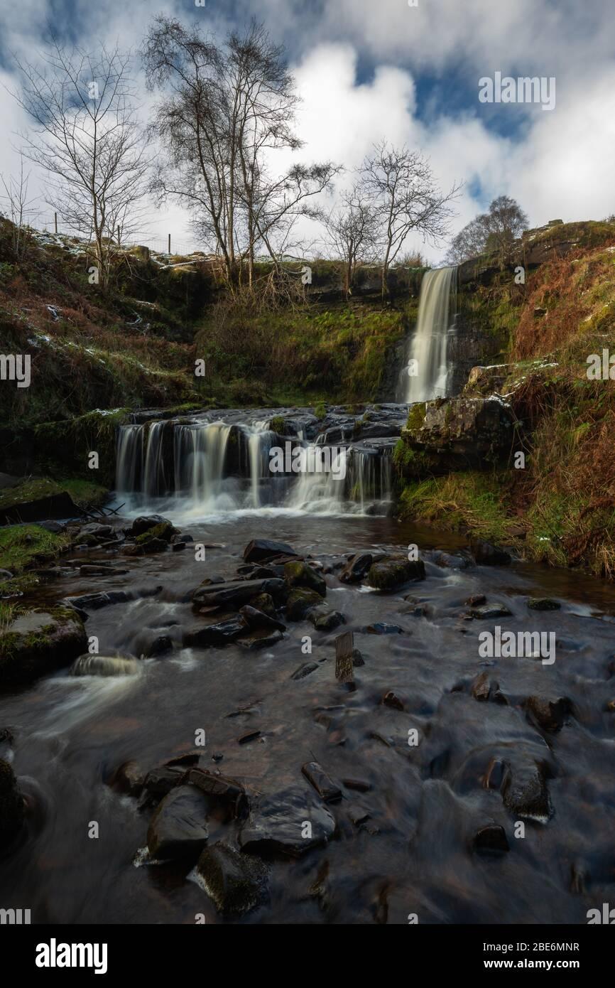 Cascada en Blaen y Glyn' en Nant Bwrefwr, Nr Talybont, Gales Foto de stock