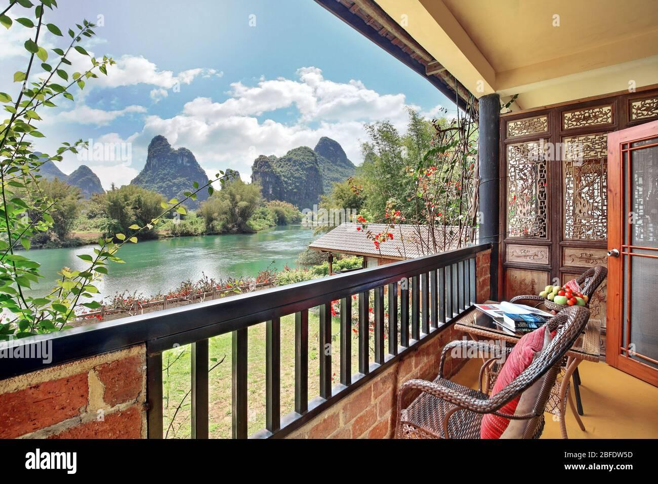Yangshuo Mountain Retreat Rooms, Hoteles en Yangshuo China Foto de stock