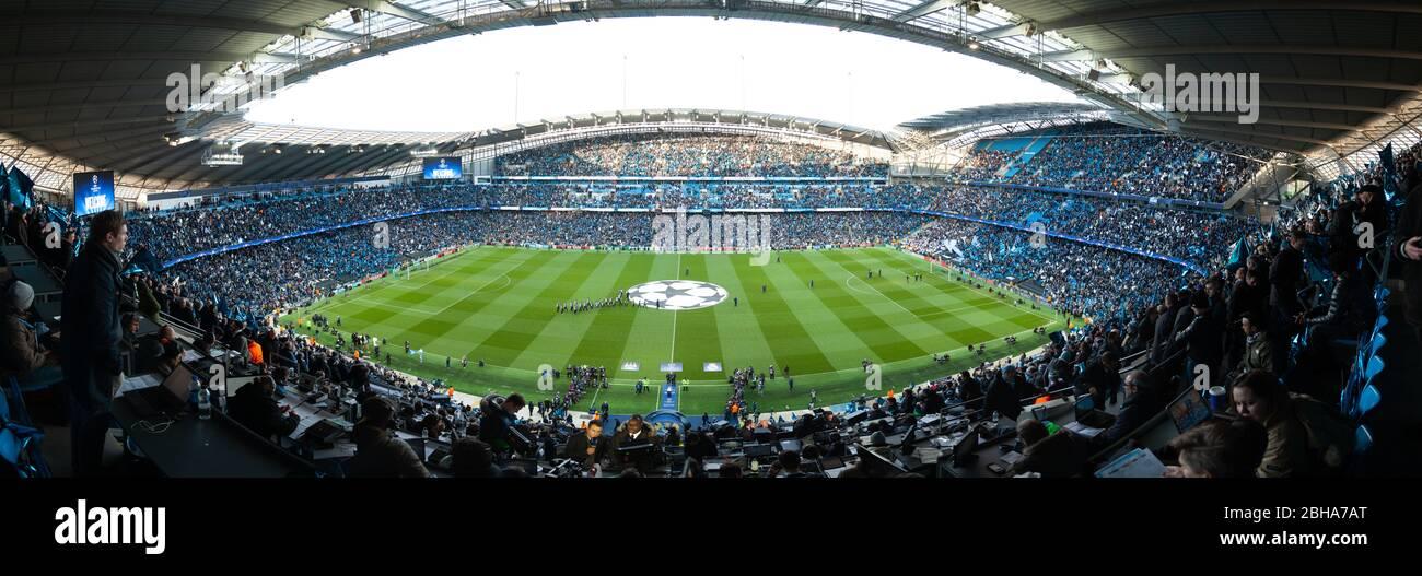 26 de abril de 2016, Manchester England antes del partido de la UEFA Champions League entre Manchester City y Real-Madrid en el Etihad Stadium.Manches Foto de stock