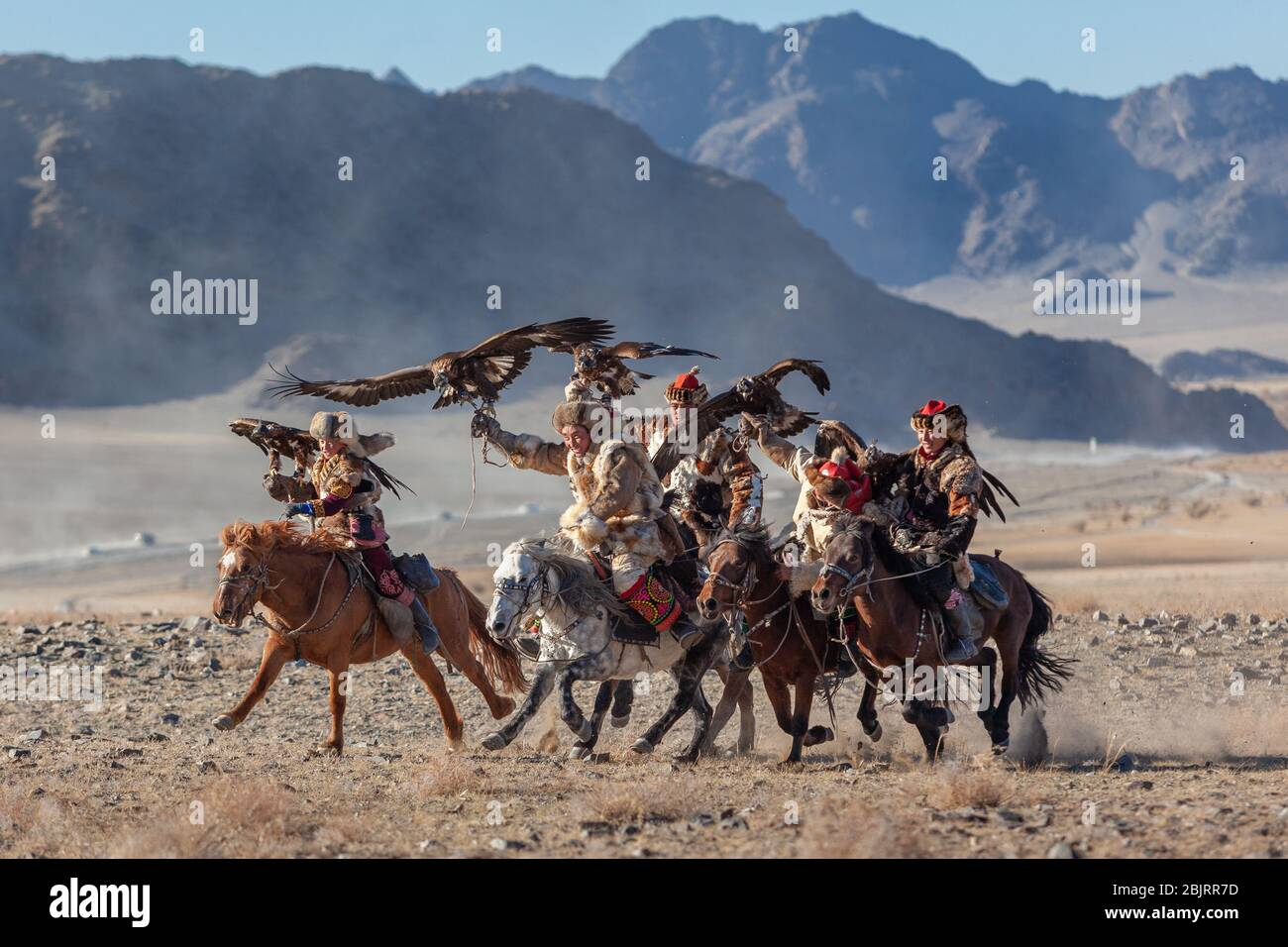 Ulgii, Mongolia : Festival del águila dorada tradicional kazajo nomada juegos Foto de stock