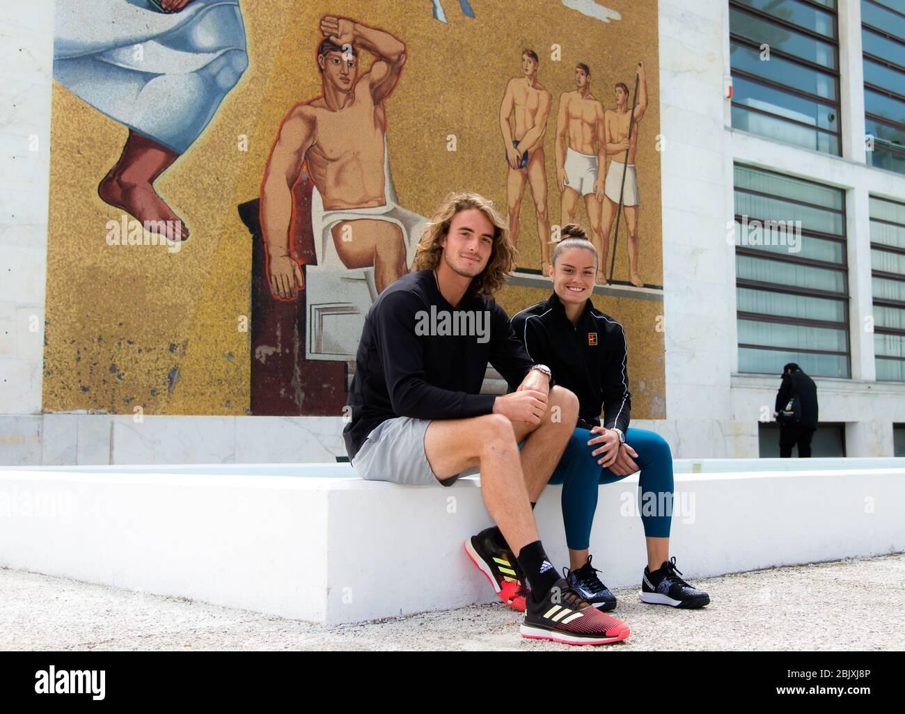 Maria Sakkari & Stefanos Tsitsitas de Grecia durante una sesión de fotos en el torneo de tenis Internazionali BNL d'Italia WTA Premier 5 2019 Foto de stock
